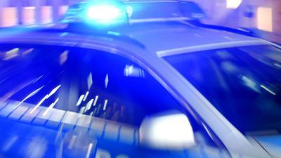 Die Polizei hat im Sauerland eine illegale Corona-Party aufgelöst.