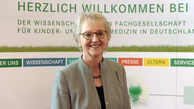 Prof. Ingeborg Krägeloh-Mann, Vizepräsidentin der Deutschen Gesellschaft für Kinder- und Jugendmedizin (DGKJ).