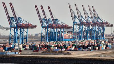 Es geht voran, auch wenn beim Export das Vorkrisen-Niveau noch nicht erreicht ist.