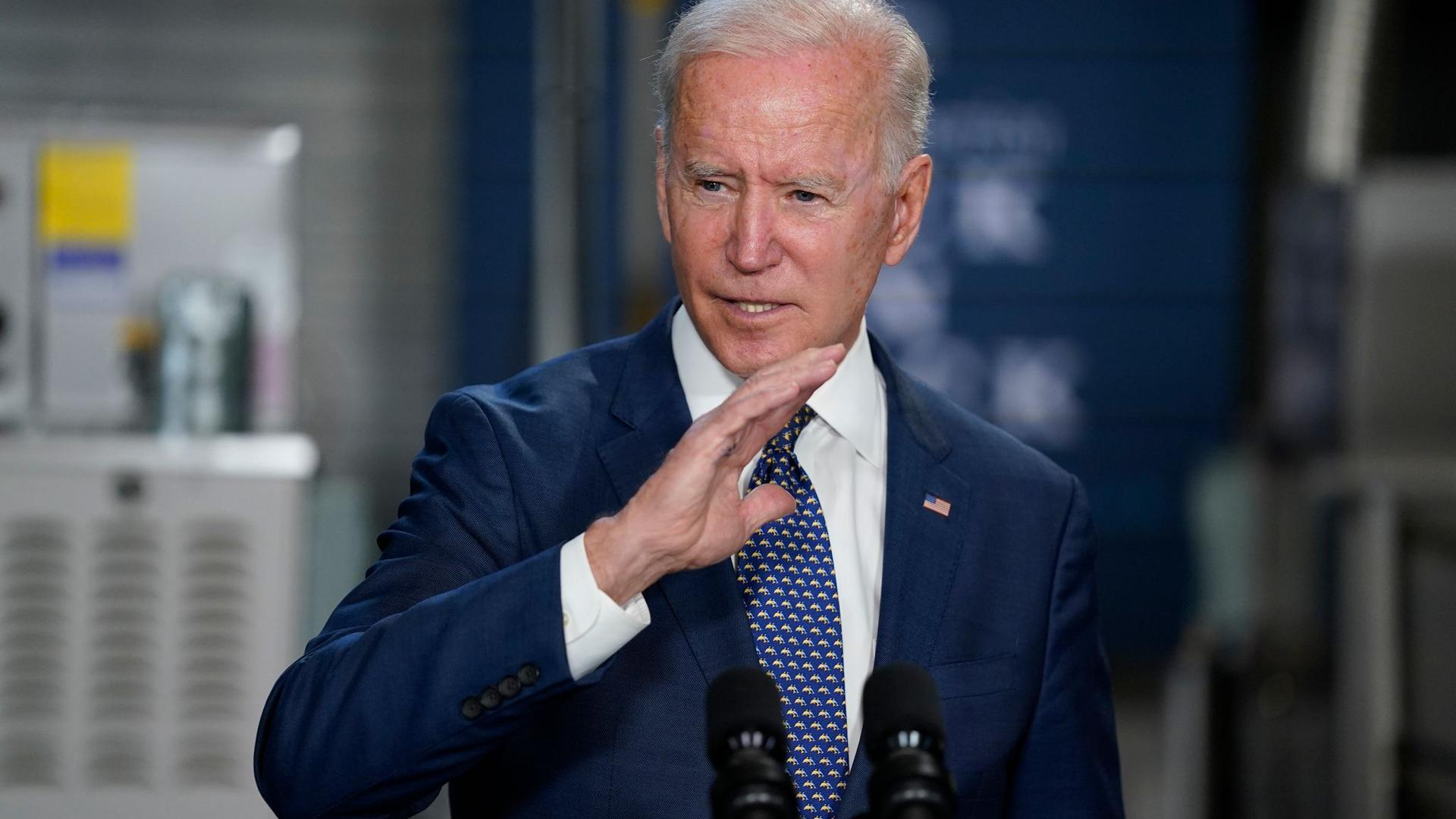 Joe Biden macht beim Impfen Druck.