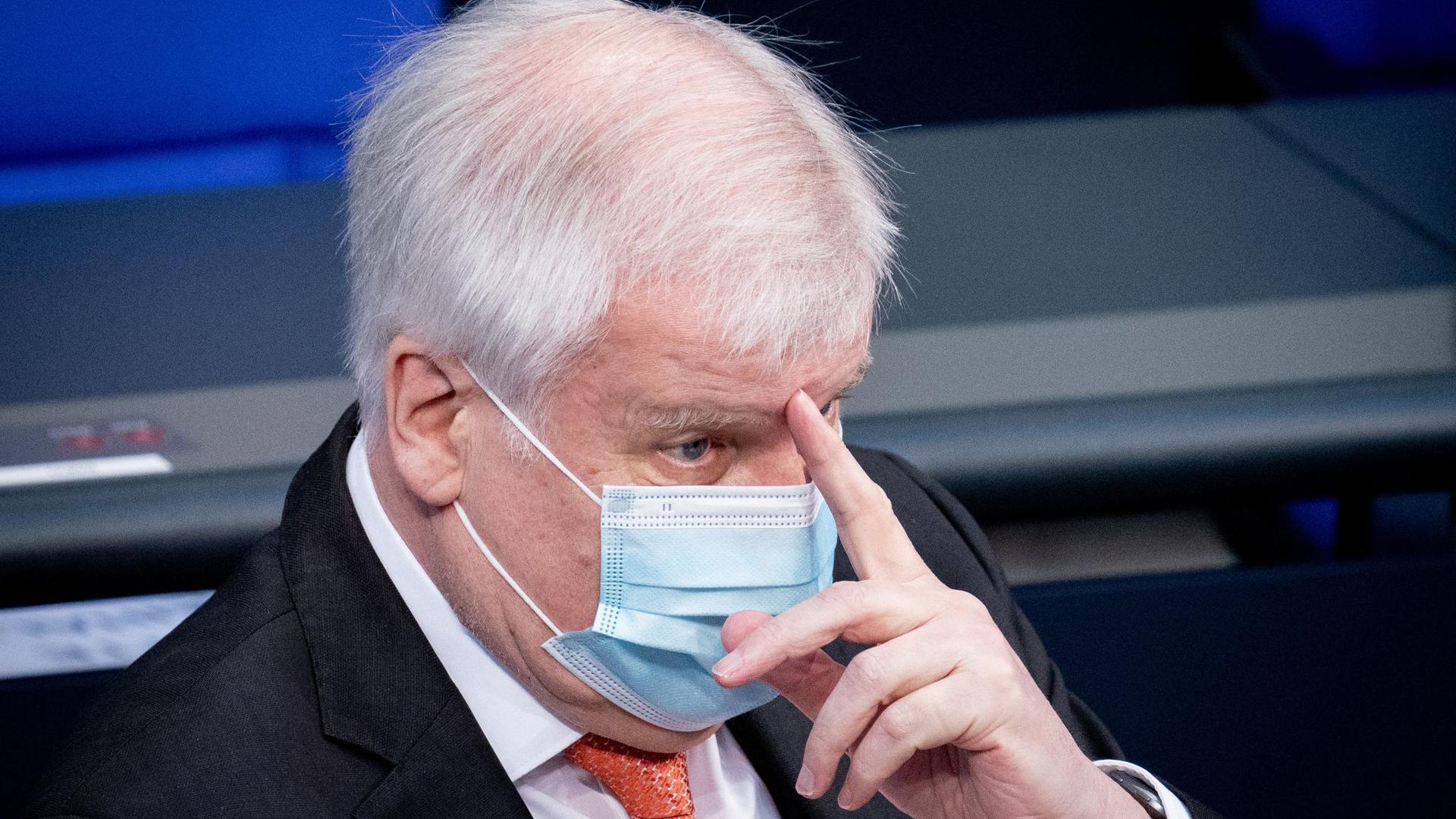 Bundesinnenminister Horst Seehofer ist positiv auf Corona getestet worden.