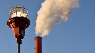 Luftverschmutzung richtet laut der EUgesundheitliche und wirtschaftliche Schäden im Umfang von 330 bis 940 Milliarden Euro jährlich an.