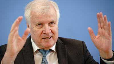 Bundesinnenminister Horst Seehofer (CSU) bei einer Pressekonferenz.