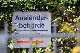 Die Nettozuwanderung über die Grenzen Deutschlands ist im fünften Jahr in Folge zurückgegangen.