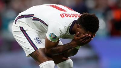 Reagierte mit einer emotionalen Botschaft auf die Anfeindungen gegen ihn und seine Teamkollegen: Englands Marcus Rashford.