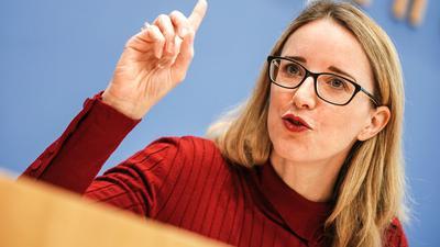 Ethikratsvorsitzende Alena Buyx hält eine Impfpflicht für bestimmte Berufsgruppen für unnötig.