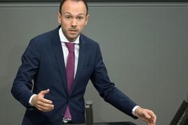 Nikolas Löbel (früher CDU) hatte sein Bundestagsmandat im Zuge der Maskenaffäre niedergelegt.