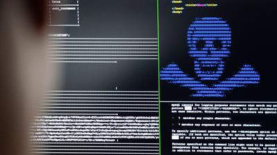 """IT-Security-Wissenschaftler trainieren in einem Cybersicherheitszentrum, wie eingeschleuste Erpresser-Programme (""""Ransomware"""") unschädlich gemacht werden können."""