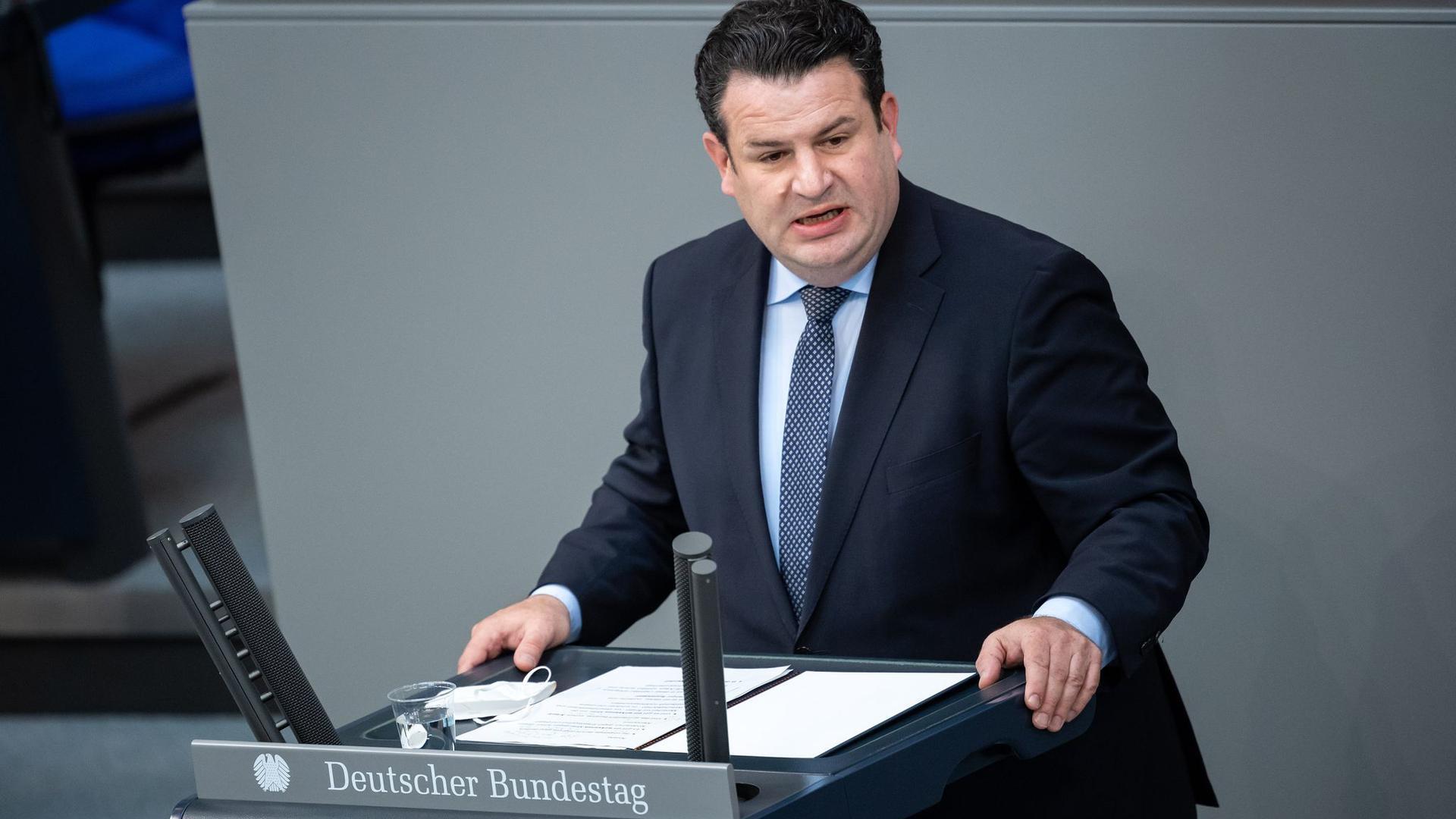 """Arbeitsminister Hubertus Heil sieht die CDU nach dem Abschied von Bundeskanzlerin Angela Merkel auf dem Weg in die """"soziale Kälte""""."""