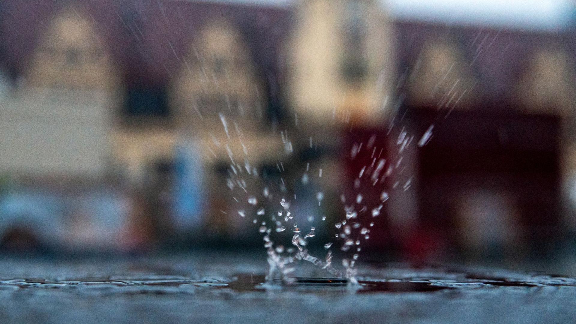 Immer wieder gab es i Juli Unwetter mit Stark- und Extremregen.