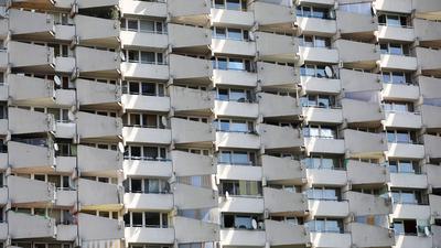 Knapp 13 Prozent der Mieterhaushalte in deutschen Großstädten sind der Studie zufolge in einer prekären wirtschaftlichen Lage.