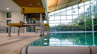 Auf Grund der Corona-Einschränkungen ist für viele Schüler der Schwimmuntericht ausgefallen.