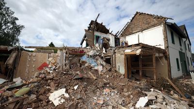 Schutt und Geröll eines nach dem Hochwasser völlig zerstörten Hauses im nordrhein-westfälischen Gemünd.