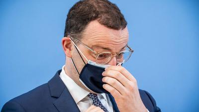 Gesundheitsminister Jens Spahn nach einer Pressekonferenz zur Corona-Lage.