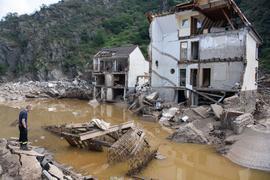 Ein nach der Hochwasserkatastrophe völlig zerstörtes Haus im rheinland-pfälzischen Mayschoß.