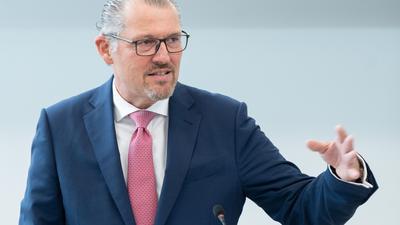 """""""Ich würde auch eine Geldprämie begrüßen"""":  Arbeitgeberpräsident Rainer Dulger."""