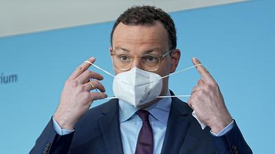 Gesundheitsminister Spahn mahnt zur stärkeren Kontrollen von 3G-Nachweisen an.