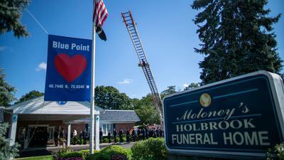 Bei einer emotionalen Trauerfeier in der Nähe von New York wurde der getöteten Gabby Petito gedacht.