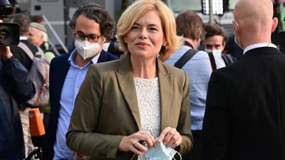 CDU-Bundesvize Julia Klöckner wird sich in ihrem Landesverband vom Vorsitz zurückziehen.
