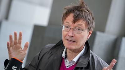 Fordert trotz derzeit stagnierender Inzidenzen eine neue Bund-Länder-Runde zuCorona:SPD-Gesundheitsexperte Karl Lauterbach.