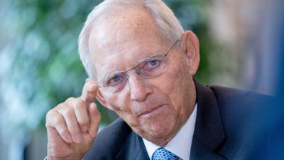Wolfgang Schäuble (CDU), Bundestagspräsident, im Gespräch mit der Deutschen Presse-Agentur.