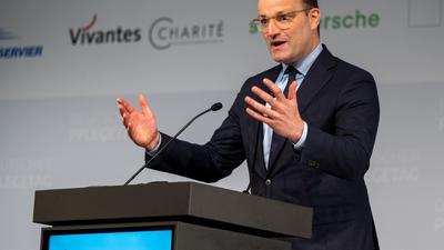 Jens Spahn unterstützt die Forderungen nach besserer Bezahlung.