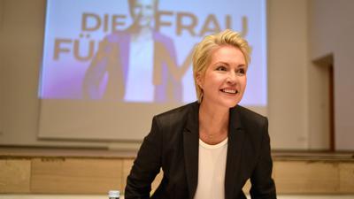 Manuela Schwesig kündigt Koalitionsverhandlungen mit der Partei Die Linke an.