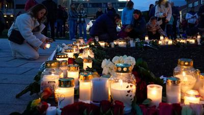 Gedenken an die Opfer im norwegischen Kongsberg.