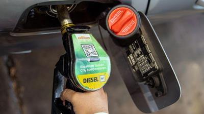 Autofahrer in Deutschland müssen für Diesel einen neuen Rekordpreis zahlen.