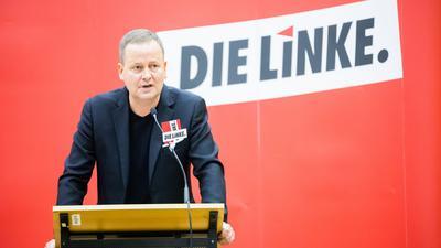 Klaus Lederer (Die Linke), Kultursenator von Berlin und Spitzenkandidat der Berliner Linken, spricht bei einem Sonderparteitag der Berliner Linken.