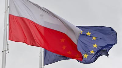Polen soll ein tägliches Zwangsgeld in Höhe von einer Million Euro zahlen, bis das Land Vorgaben zu umstrittenen Justizreformen umsetzt.