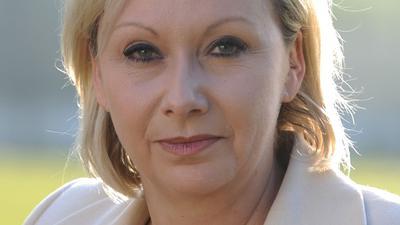 Die CDU-Bundestagsabgeordnete Karin Strenz ist tot. Sie sei auf dem Rückflug von Kuba nach Deutschland kollabiert, erklärte der Sprecher der Landesgruppe Mecklenburg-Vorpommern.