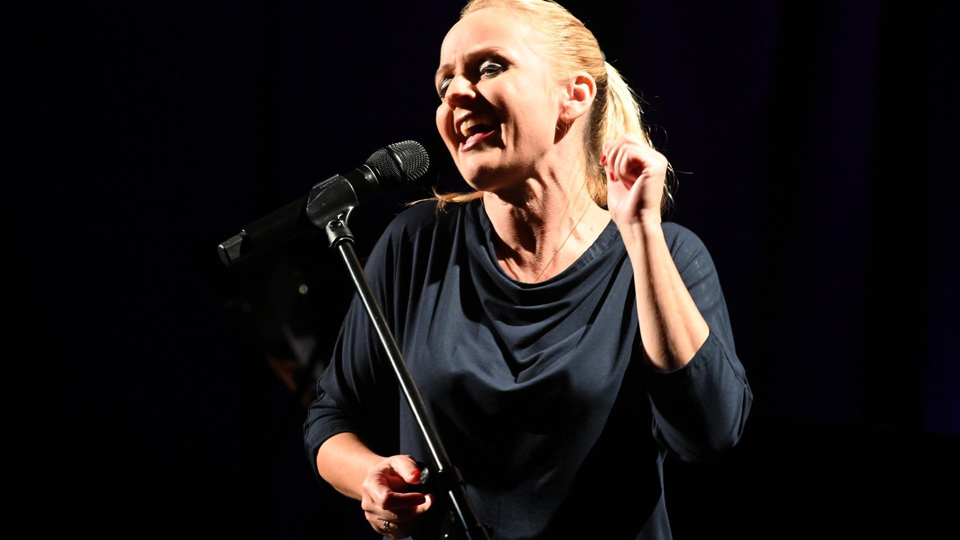 Sandie Wollasch im Tollhaus Karlsruhe, 8.10.2021