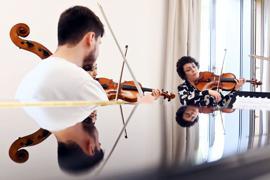 ©ARTIS-Uli Deck// 05.10.2021  Hochschule für Musik Karlsruhe, Fanny Solter Haus,  Karlsruher Meisterklassen, Tabea Zimmermann erarbeitet mit Studierenden die Quintette  -Copyright -ARTIS-ULI DECK Werrabronner Strasse 19  D-76229 KARLSRUHE TEL:  0049 (0) 721-84 38 77  FAX:  0049 (0) 721 84 38 93   Mobil: 0049 (0) 172 7292636 E-Mail:  deck@artis-foto.de www.artis-foto.de Veroeffentlichung nur gegen Honorar nach MFM zzgl. gesetzlicher. Mehrwertsteuer, kostenfreies Belegexemplar und Namensnennung: ARTIS-Uli Deck.  Es gelten meine AGB., abzurufen unter :    http://artis-foto.de/agb01_2008_DE.pdf