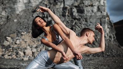 """PR-Foto für die Choreografie """"Brahms"""" am Theater Pforzheim, Saison 2020/21"""