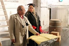 """Franco Rosa und Gabriele Michel im Stück """"Vorhang auf! Wir spielen"""" beim Theater in der Orgelfabrik Durlach, Premiere 15.08.2020"""