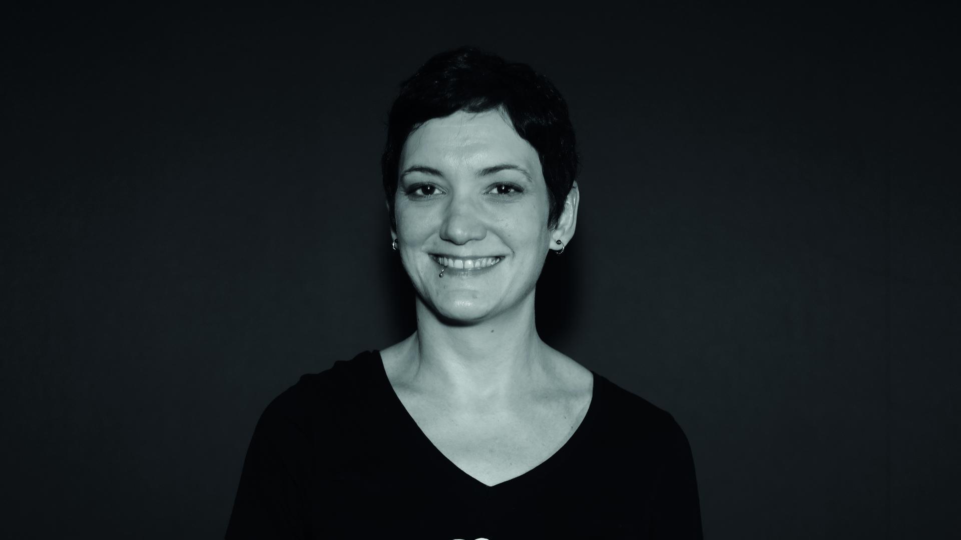 """Simona Turini, Autorin und Lektorin, bei der Fotoaktion """"Kulturgesichter 0721"""""""