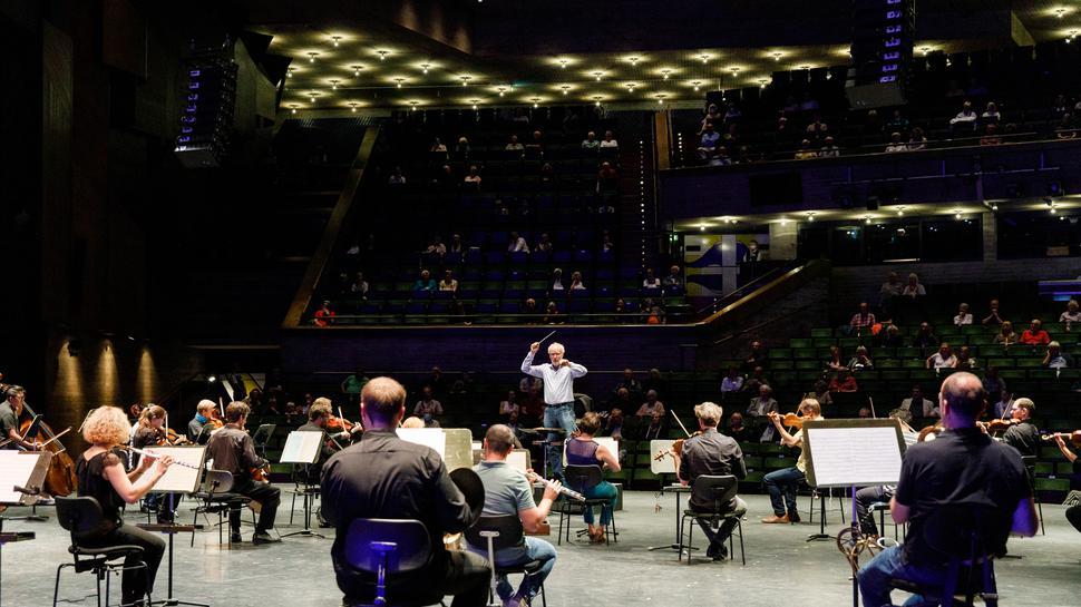 Theatertag am Badischen Staatstheater 19.09.2020: GMD Georg Fritzsch und die Badische Staatskapell