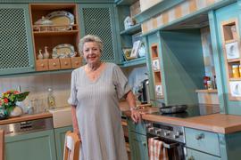 Marie-Luise Marjan in ihrer Kult-Küche.