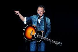"""Bruce Springsteen, Rocksänger aus den USA, tritt 2018 beim """"Stand Up For Heroes""""- Benefizkonzert in New York auf."""