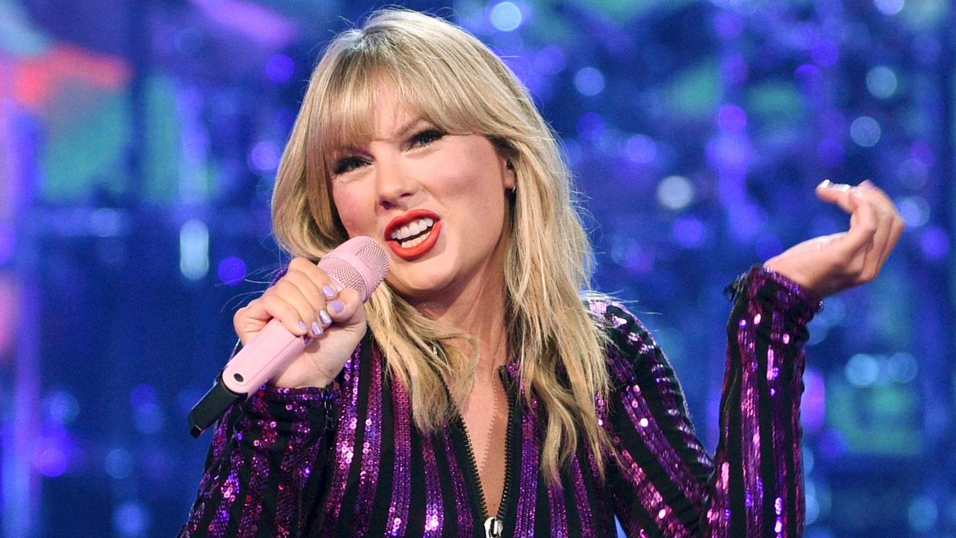 She is currently the measure of all things: Taylor Swift.
