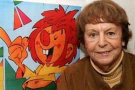 """Ellis Kaut, Kinderbuchautorin und Erfinderin der Zeichentrickfigur """"Pumuckl"""", 2005 in Ohlstadt."""