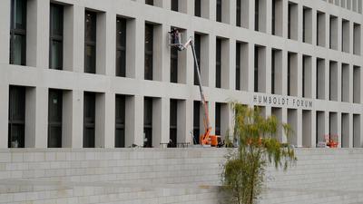 Das Humboldt Forum in Berlin öffnet coronabedingt doch noch nicht in diesem Jahr die Türen für die ersten Besucher.