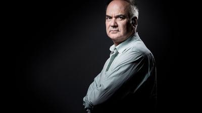 Der französische Autor Hervé Le Tellier hat den begehrten Prix Goncourt gewonnen.