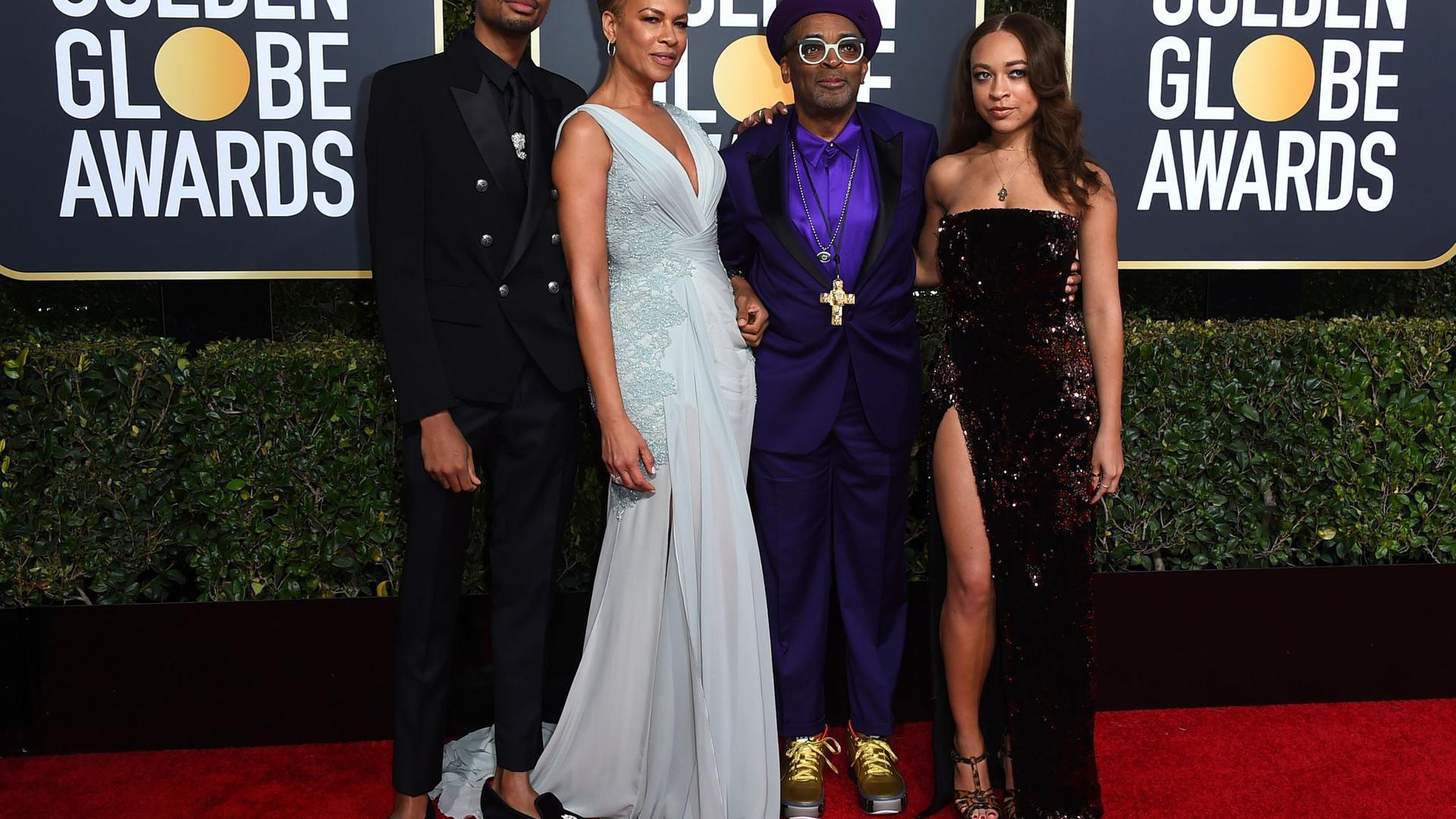 Regisseur Spike Lee (2.v.r) mit Sohn Jackson Lee, Ehefrau Tonya Lewis Lee und Tochter Satchel Lee bei der Golden Globe-Verleihung 2019.
