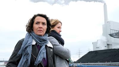 Die Ludwigshafener Kommissarinnen Lena Odenthal (Ulrike Folkerts, l) und Johanna Stern (Lisa Bitter) bekommen es mit der rechten Szene zu tun.