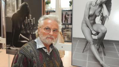 Der ostdeutsche Aktfotograf Klaus Ender ist mit 81 Jahren gestorben.