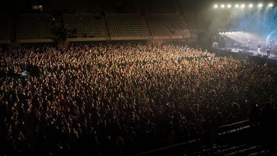 Etwa fünftausend Fans waren beim Konzert in Barcelona dabei.