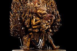 Die kaiserliche Goldbronze-Figur des Vajrabhairava aus der chinesischen Ming-Dynastie.
