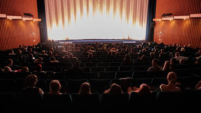 Nach acht Monaten Schließung sind die Kinos wieder geöffnet.